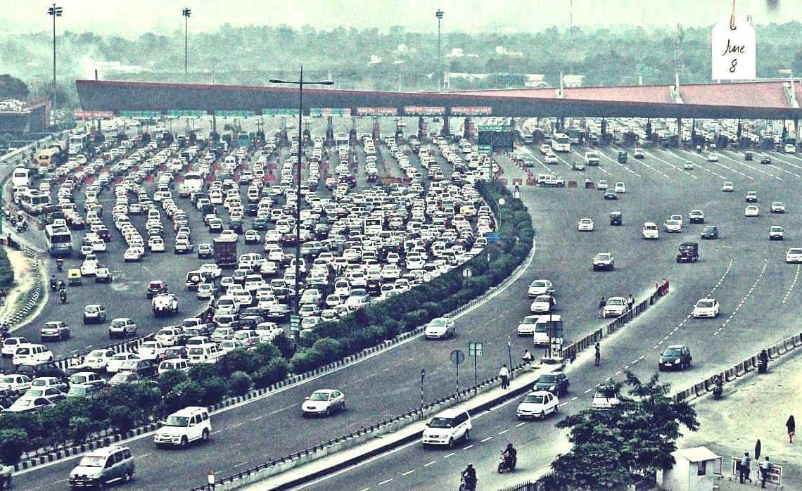 No pedágio Nova Delhi-Gurgaon há aumento de faixas, mas não sete para um (googlr.com)