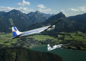 Nas céus sobre as colinas de Zeltweg, um show. Na pista, um desastre (Foto Red Bull)