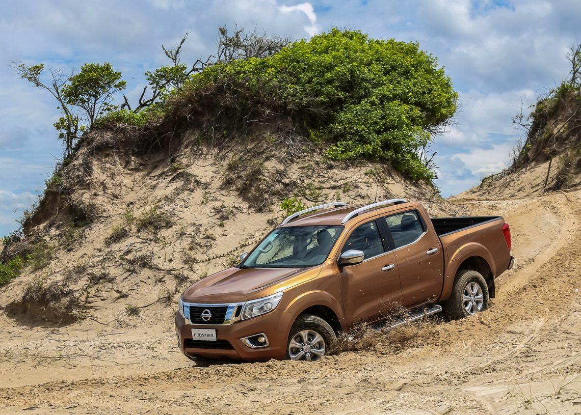 Nissan Frontier 2017 ? Fora de Estrada