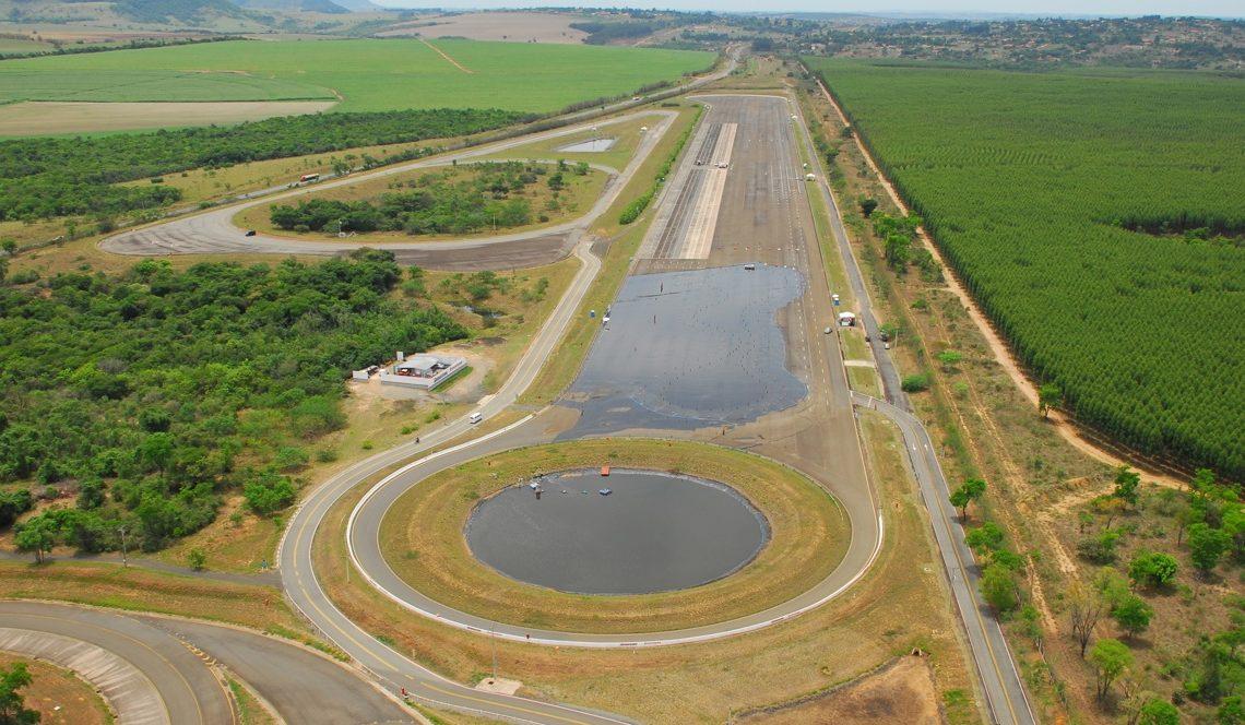 Campo de Provas da Bridgestone, em São Pedro, SP (Foto: mecanicaonline.com.br)
