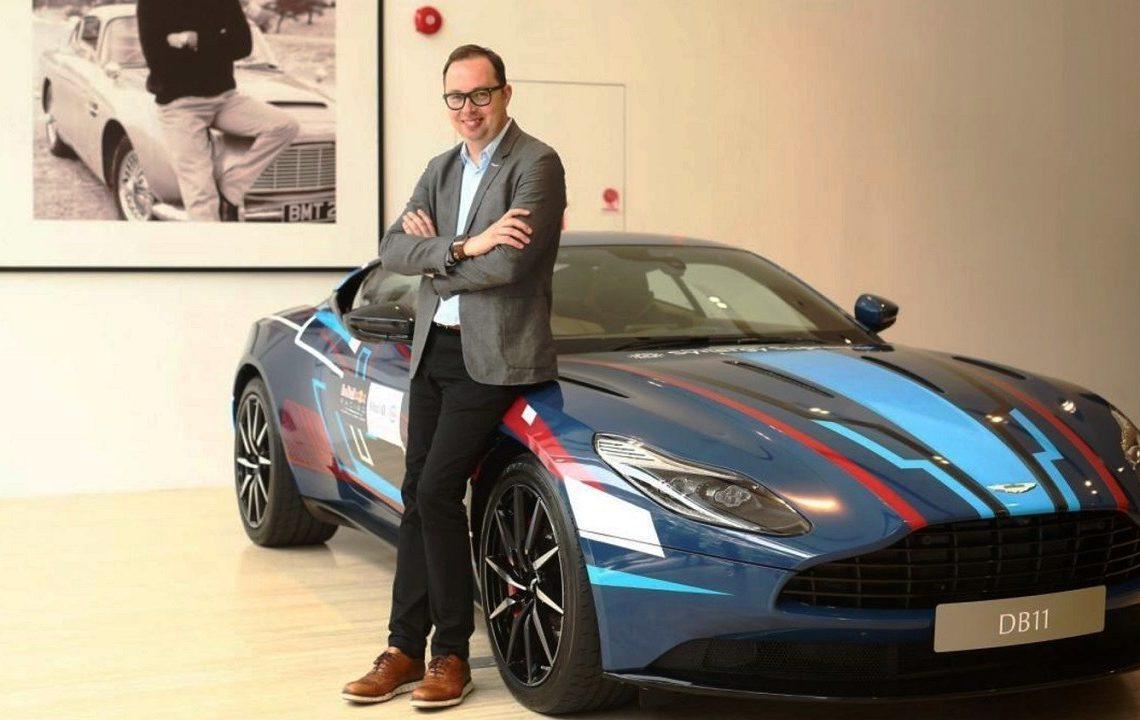 Fotos: Divulgação Aston Martin e Dacia