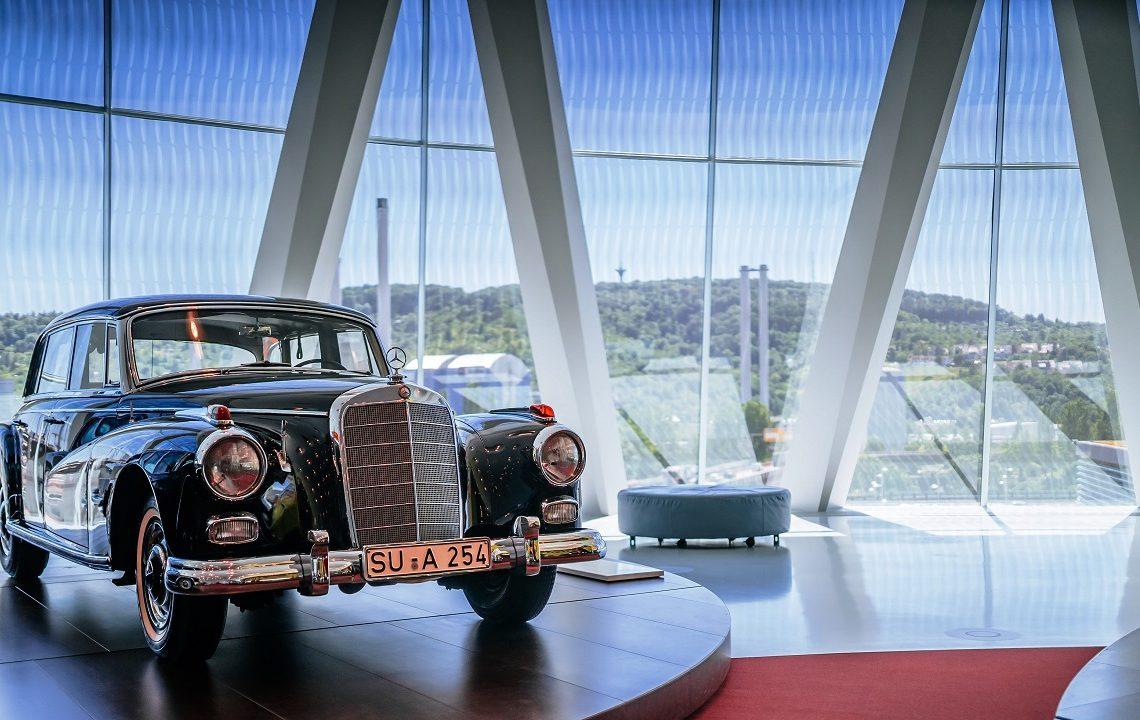 Fotos: Divulgação Mercedes-Benz AG e Wikipedia
